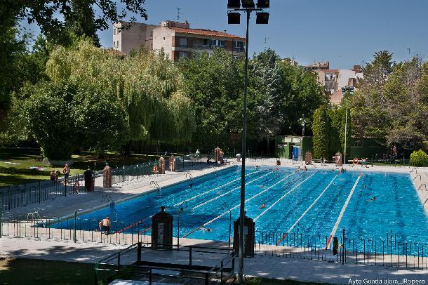 Apertura de las piscinas de san roque guadalajaradiario for Piscinas superficie precios