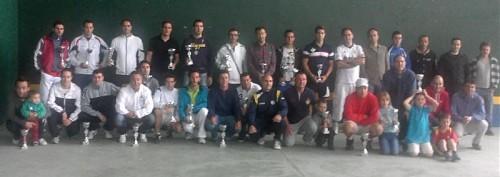Foto Familia 12 13 500x177 Entrega de Trofeos de la Liga de Frontenis