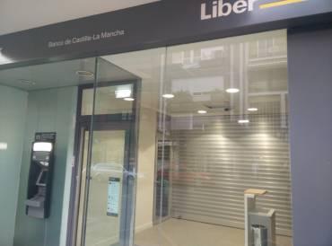 Liberbank cerrar oficinas y ofrece bajas a 525 empleados for Oficinas de liberbank en madrid