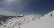 Esquiar en Guadalajara: la cara sur del pico del Lobo